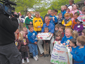 On Tuesday, May 4th the Waynedale United Methodist Preschool presented a cake to Zoo Director Jim Anderson of the Fort Wayne Children's Zoo for being voted in the top ten of the country's most friendly zoos.