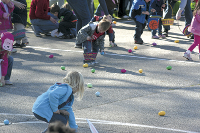 "2ND ANNUAL ""EASTER IN WAYNEDALE"" DRAWS OVER 1,000 RESIDENTS"
