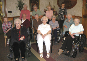"""Front row, left to right: Joan Gotschall, Ivadine """"T"""" Long, Mary Graham Middle row: Vi Essig, Verl Oberlin, Helen Blackledge, Mary Dove, Mary Wilhelm Back row: Maxine Ford, Gladys Lambert, Jean Keuneke, Jessie Fern Woodward"""