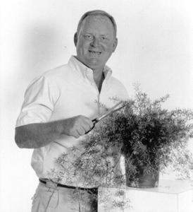 Doug Hackbarth - Broadview Florist & Greenhouses -  dHackbarth@waynedalenews.com