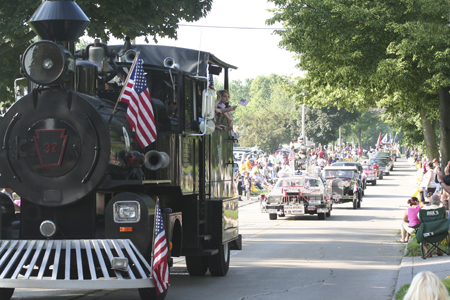 WAYNEDALE MEMORIAL PARADE 2011
